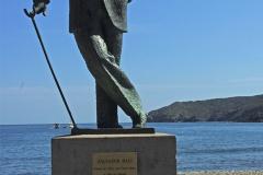 La statue de Dali sur la plage de Cadaquès