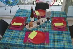 La table en configuration pour 4 personnes